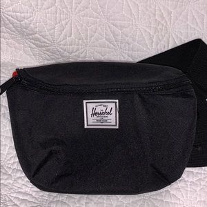 Accessories - Herschel fanny pack